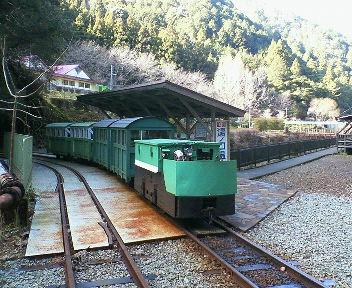 湯ノ口温泉トロッコ電車
