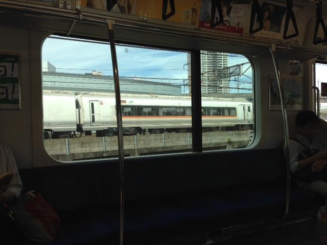 浜工新幹線の旅(東京駅まで)